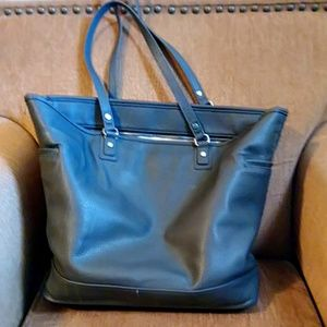 Thirty One Jewell Fashion Editor bag